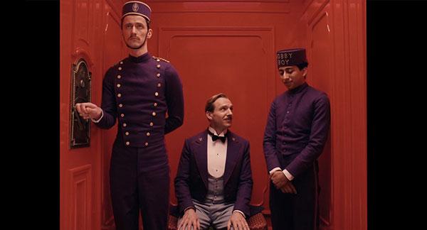 《布达佩斯大饭店》中的紫色工作服